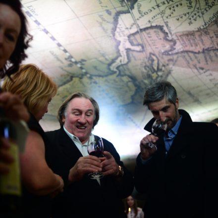 Seit Gérard Depardieu die russische Staatsbürgerschaft angenommen hat, ist er das Aushängeschild auch des russischen Weins / RIA Novosti