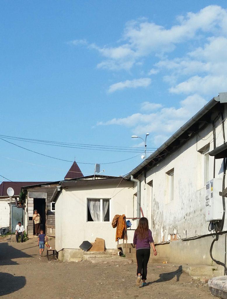 Pata-Rat. Müll-Dorf vor den Toren von Cluj-Napoca. Hier leben heute über 1000 Menschen, auch viele Kinder. / Peggy Lohse