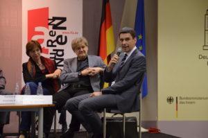 Kerstin Kaiser (Rosa-Luxemburg-Stiftung Moskau), Mirko Hempel (Friedrich-Ebert-Stiftung Moskau) und Jan Dresel (Hanns-Seidel-Stiftung Moskau) (v.l.n.r.) / Peggy Lohse