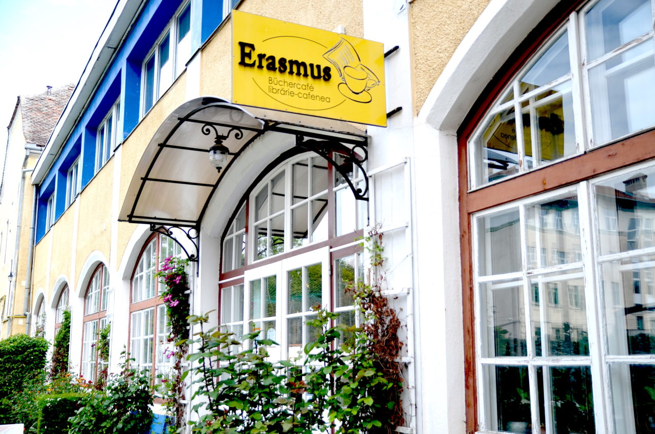 Büchercafé Erasmus in Hermannstadt / Peggy Lohse