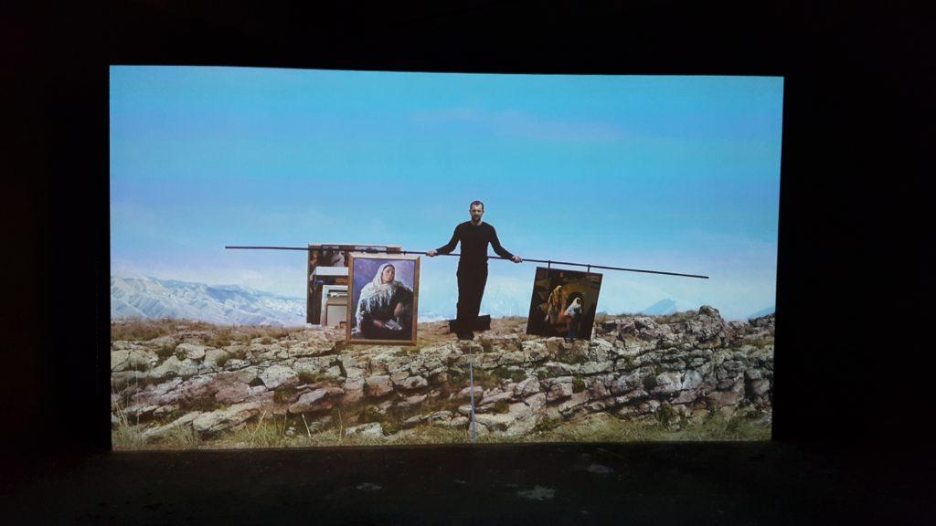 Video-Installation von Taus Machatschewa