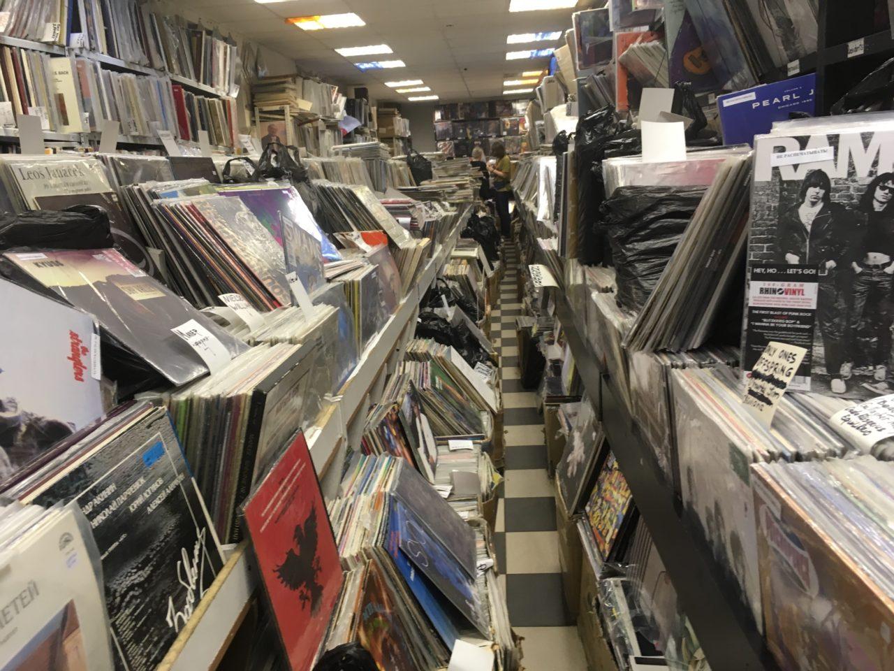 Fußboden Aus Schallplatten ~ Auf der suche nach dem besonderen klang: wo moskauer schallplatten