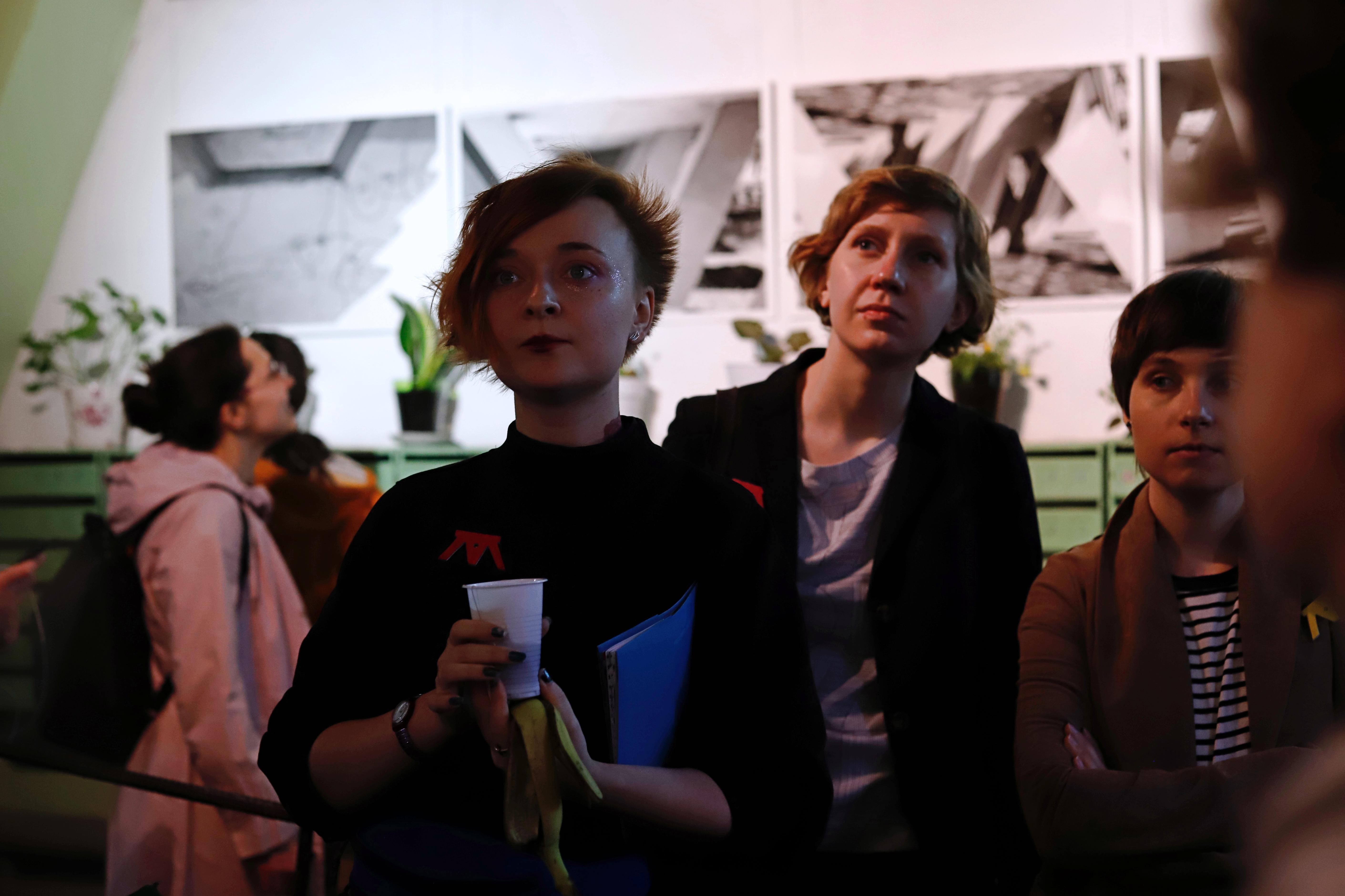 Kuratorinnen Darja Serenko, Olga Maschinez, Alexandra Kiseljowa (v.l.n.r.) / Peggy Lohse