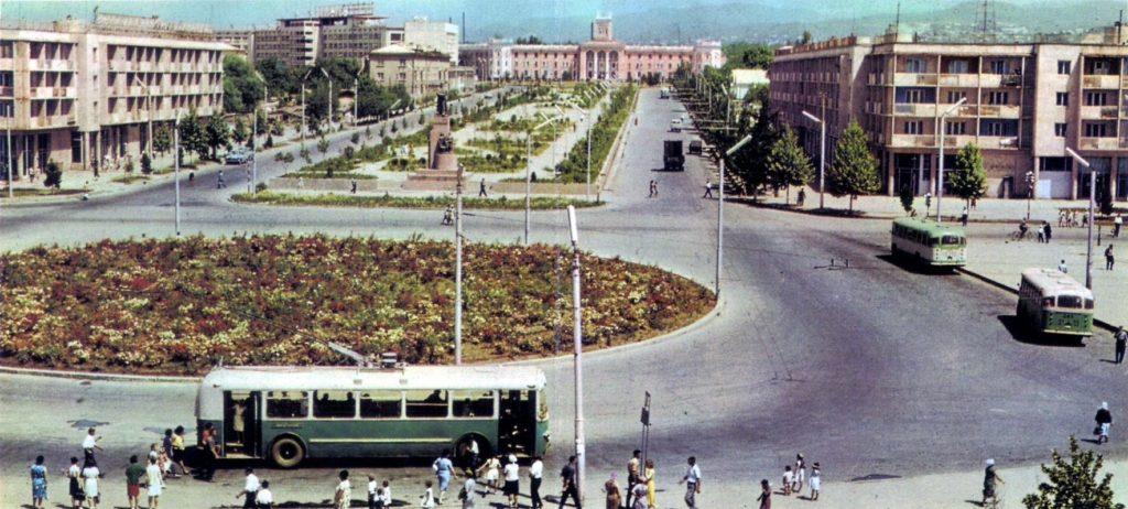 Verkehr in Tadschikistan: Trolleybus in Duschanbe, 1960er Jahre