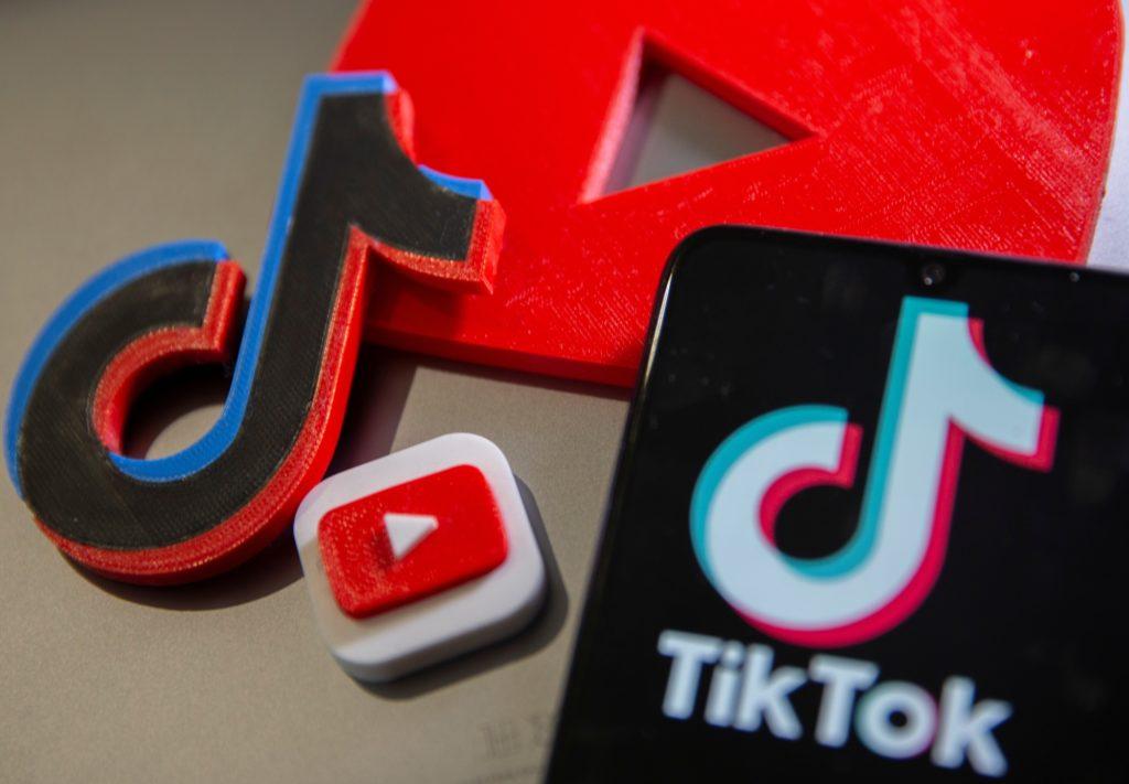 YouTube, TikTok
